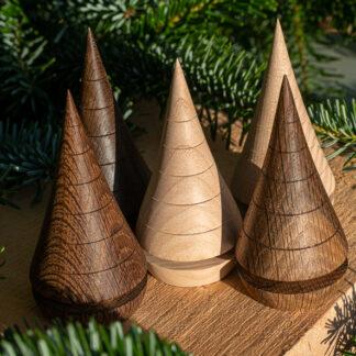 5 juletræer